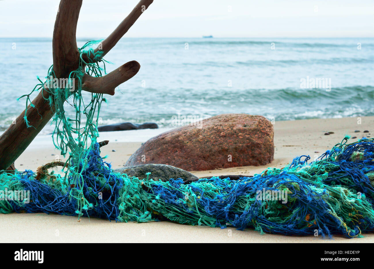 Fishing net marine net for catching fish nets on the for Fish catching net