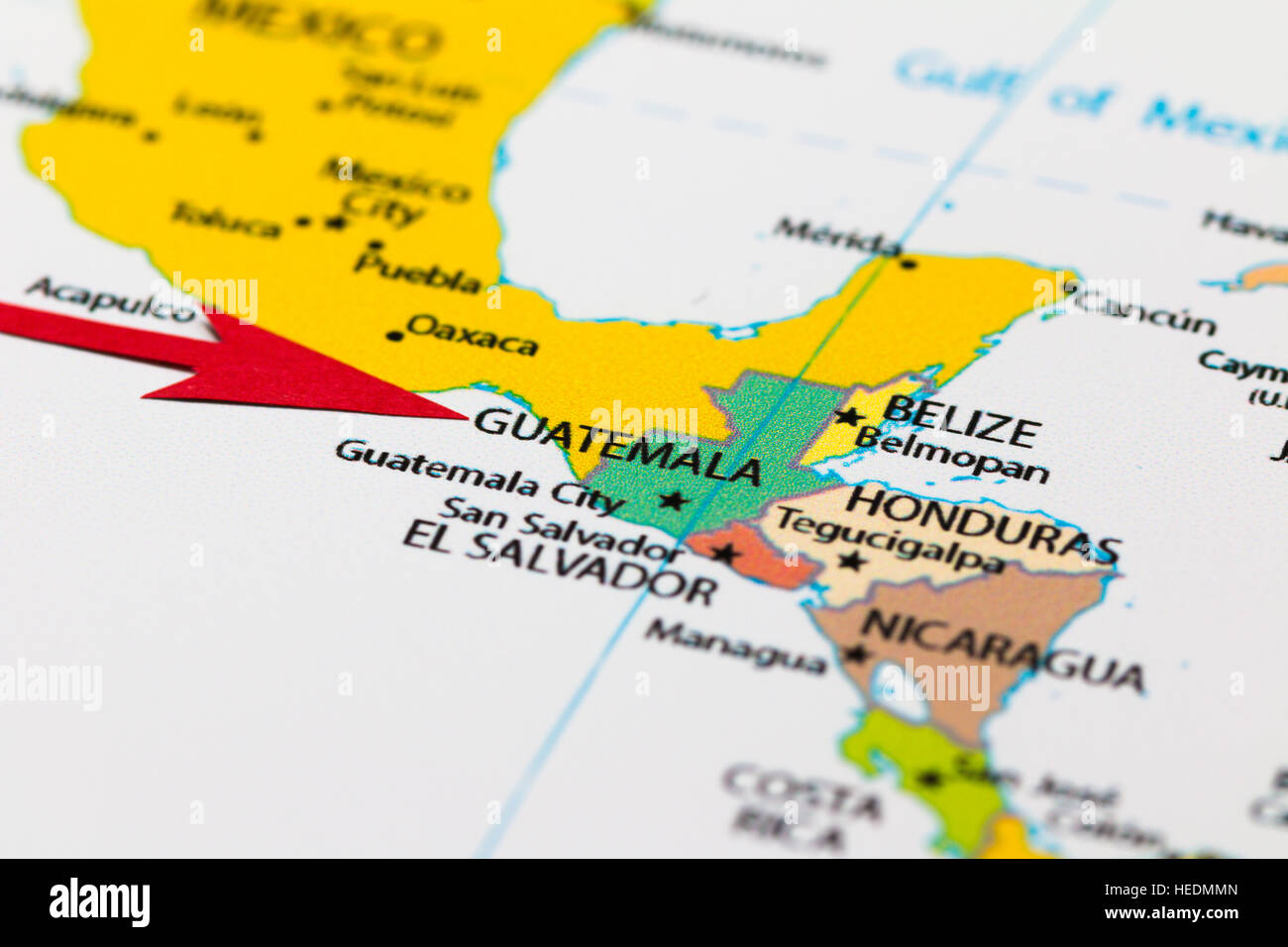 Red arrow pointing Guatemala on the map of south central America