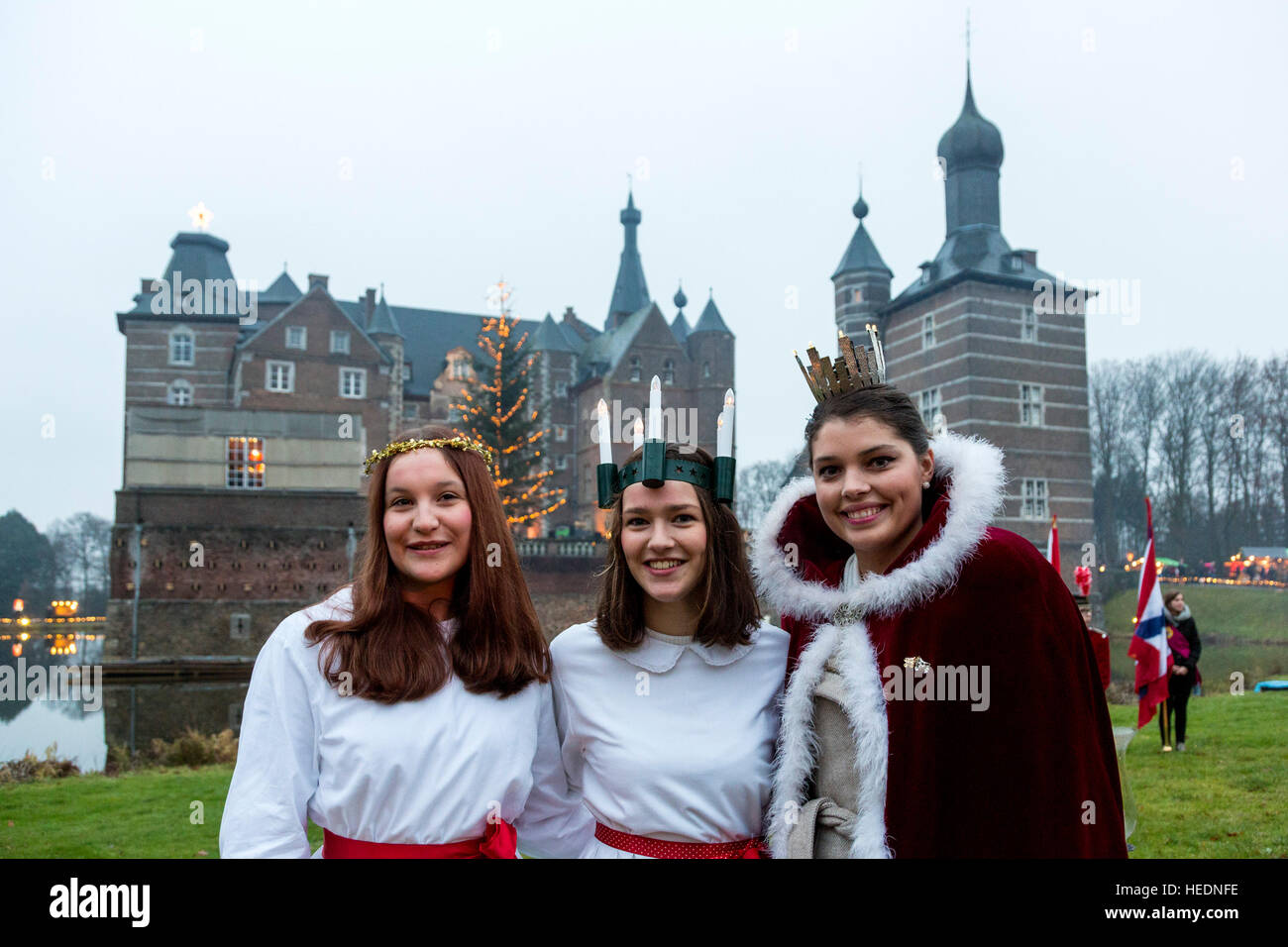 17 december 2016thousands attend the traditional christmas market at moated castle schloss merode in langerwehe merode north - Traditional Castle 2016