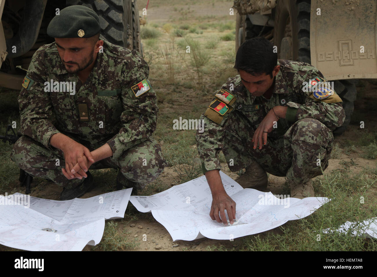 Afghan National Army Soldiers Conduct Map Reading Training In - Us army map reading