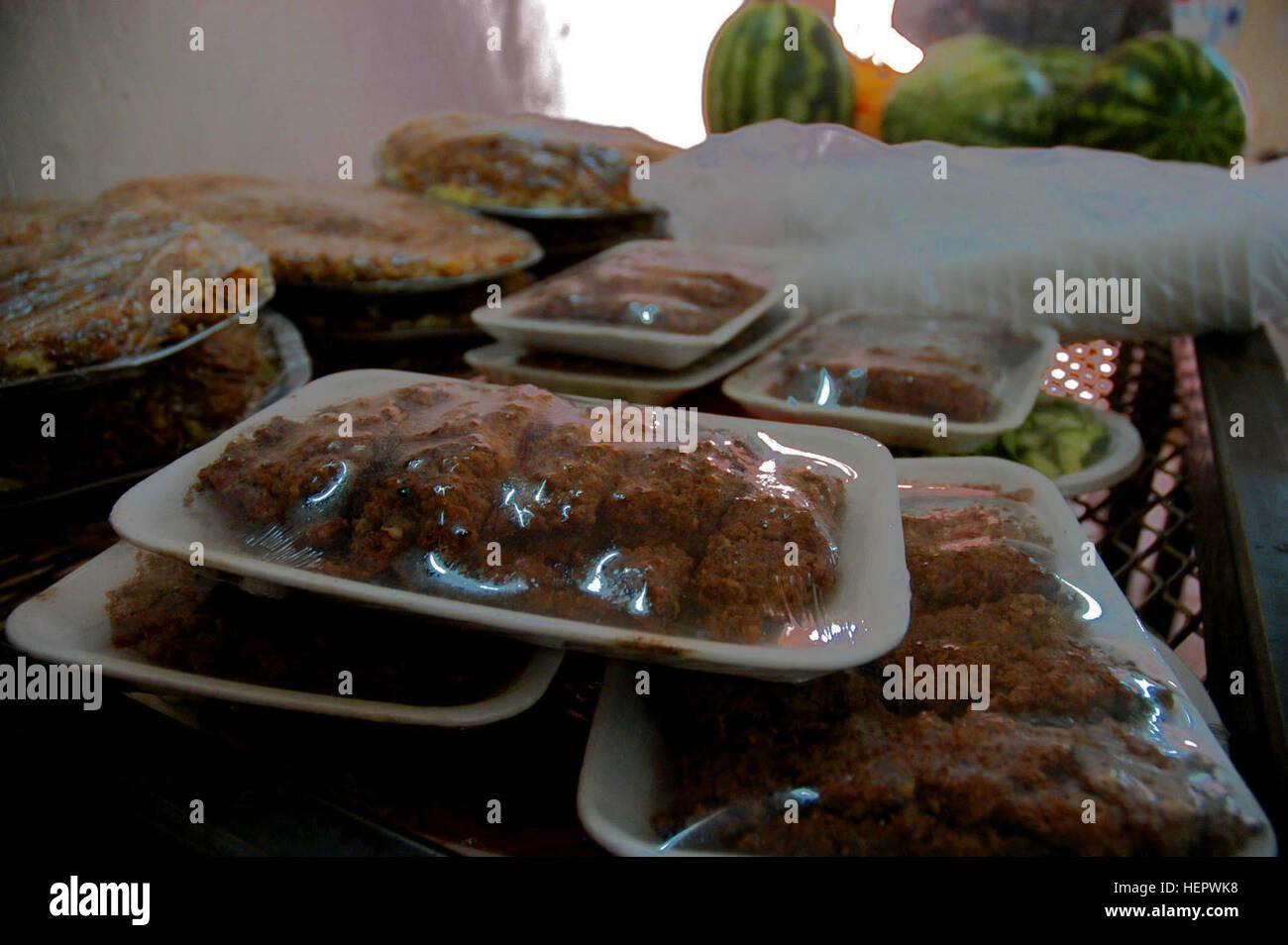 Most Inspiring Cuisine Eid Al-Fitr Feast - detainees-treated-to-traditional-eid-al-fitr-feast-119448-HEPWK8  Graphic_369344 .jpg