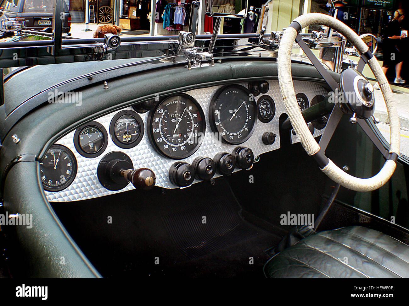 Ication Bentley Dash BoardBridge CameraBritish Classic Cars - Sports cars international