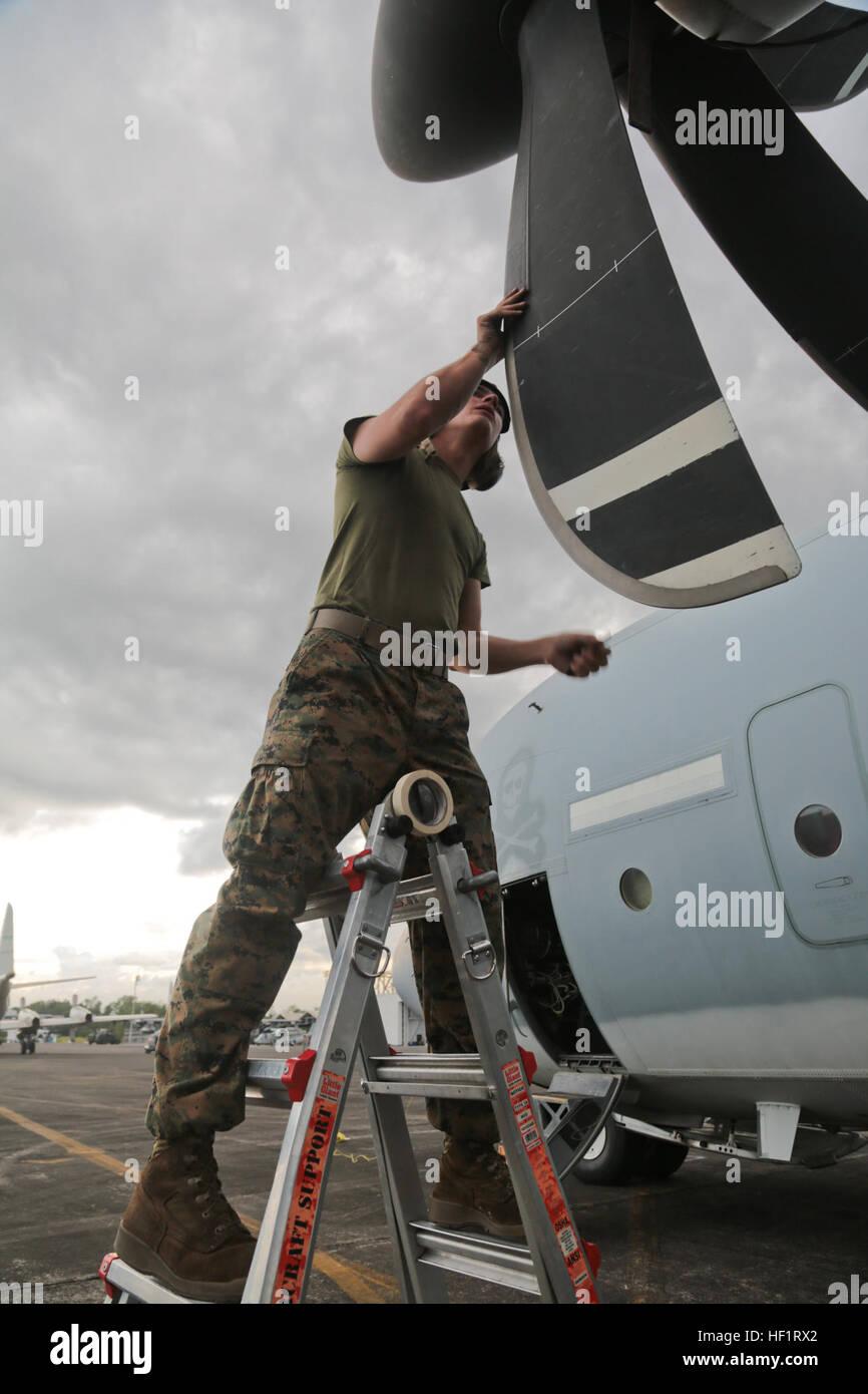 u s  marine corps lance cpl  travis reiser  an aviation mechanic with stock photo  royalty free