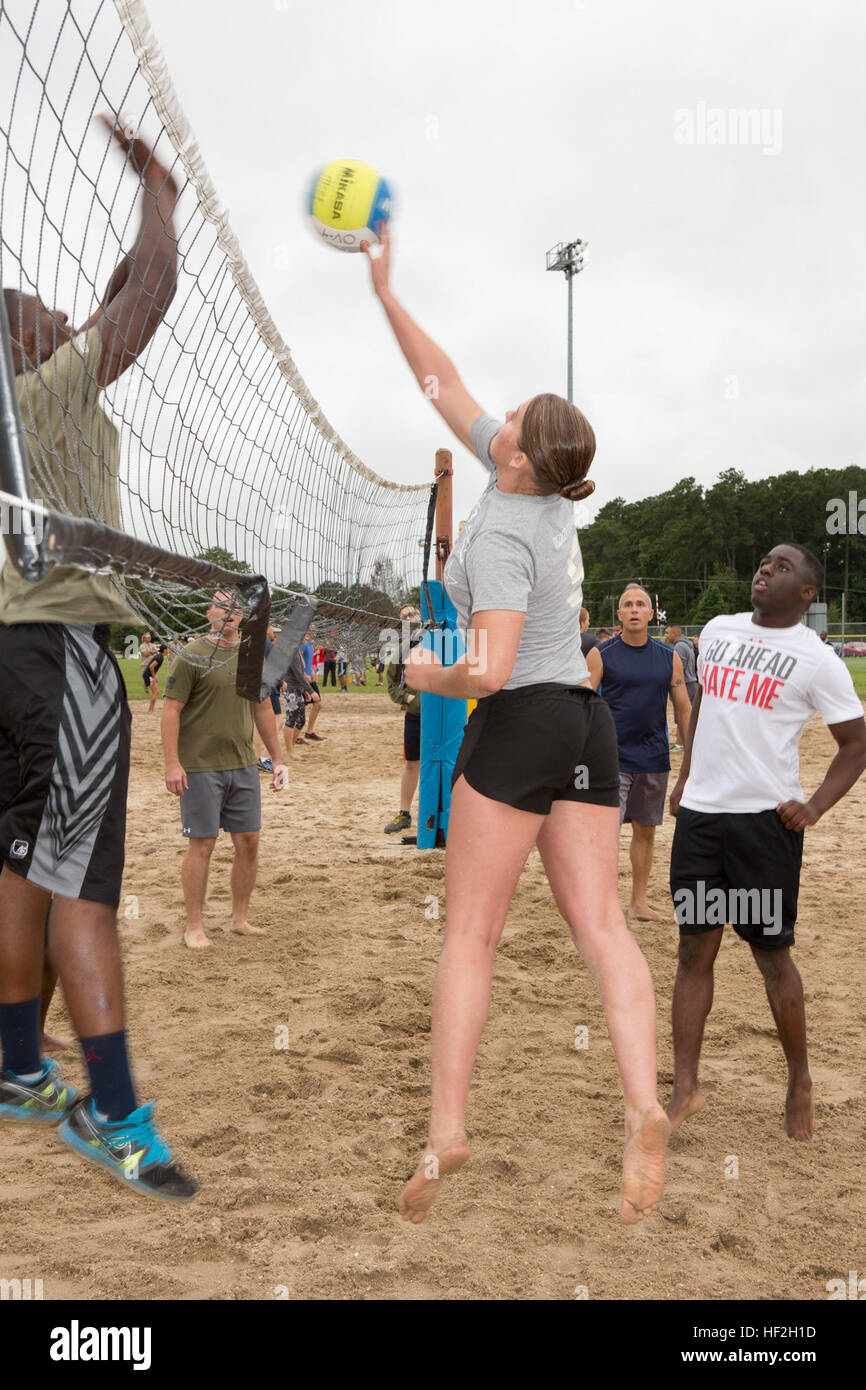 u s marine corps pfc marissa j castano a warehouse clerk stock photo u s marine corps pfc marissa j castano a warehouse clerk assigned to marine wing headquarters squadron 2 competes in volleyball during a
