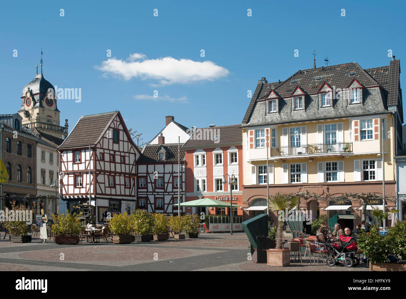 deutschland nordrhein westfalen euskirchen alter markt stock photo 130037357 alamy. Black Bedroom Furniture Sets. Home Design Ideas