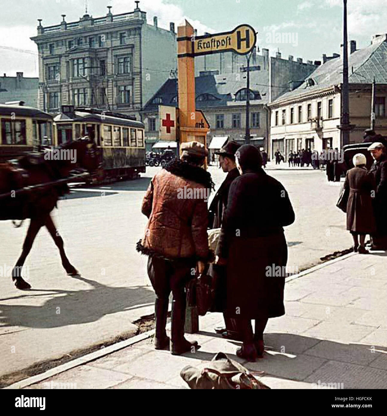 lodz men Henryk ross' photo of lodz ghetto men hauling a cart for bread distribution in 1942 (courtesy, museum of fine arts, boston) in 1941, the nazis set up a.