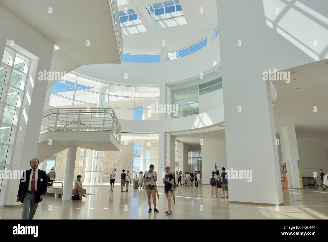 Getty museum los angeles interior pictures to pin on for Los angeles interior