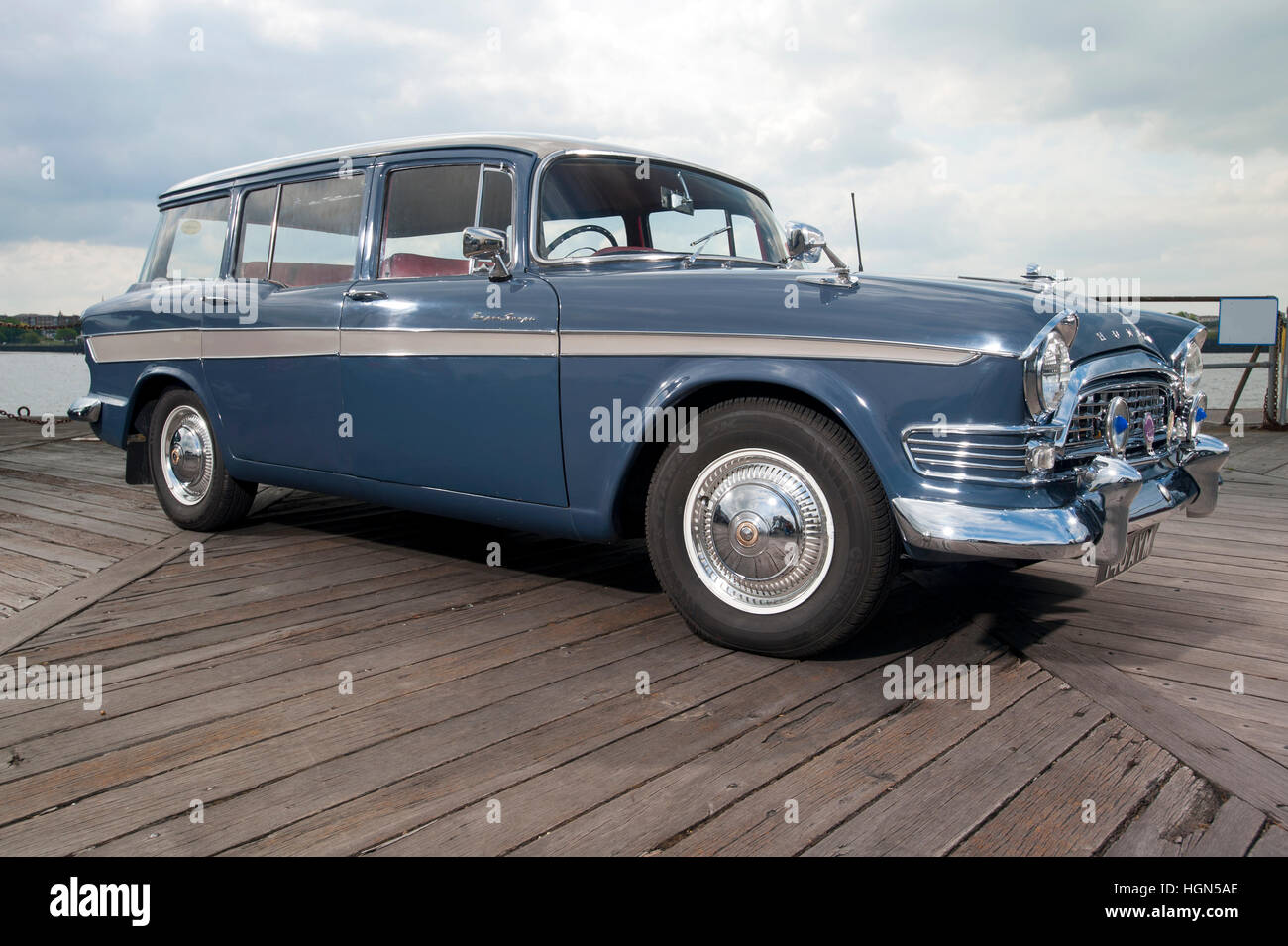 Humber super snipe series v estate classic 1960s british family car from the rootes group
