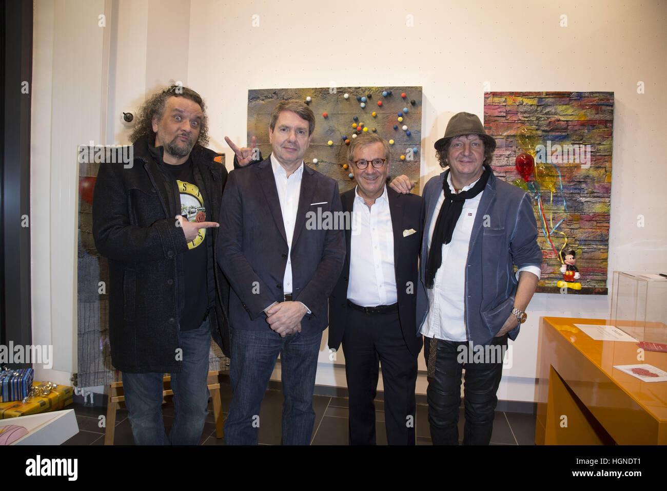 Galerie Mensing Hamburg for help galerie mensing hamburg presents the pop duo