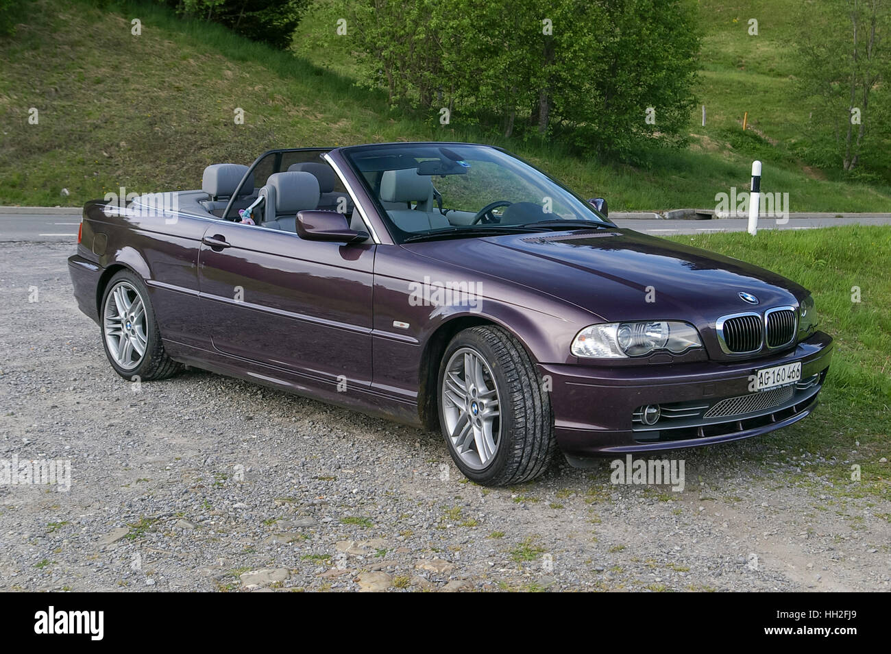 bmw 3 series convertible model e46 with retracted roof. Black Bedroom Furniture Sets. Home Design Ideas