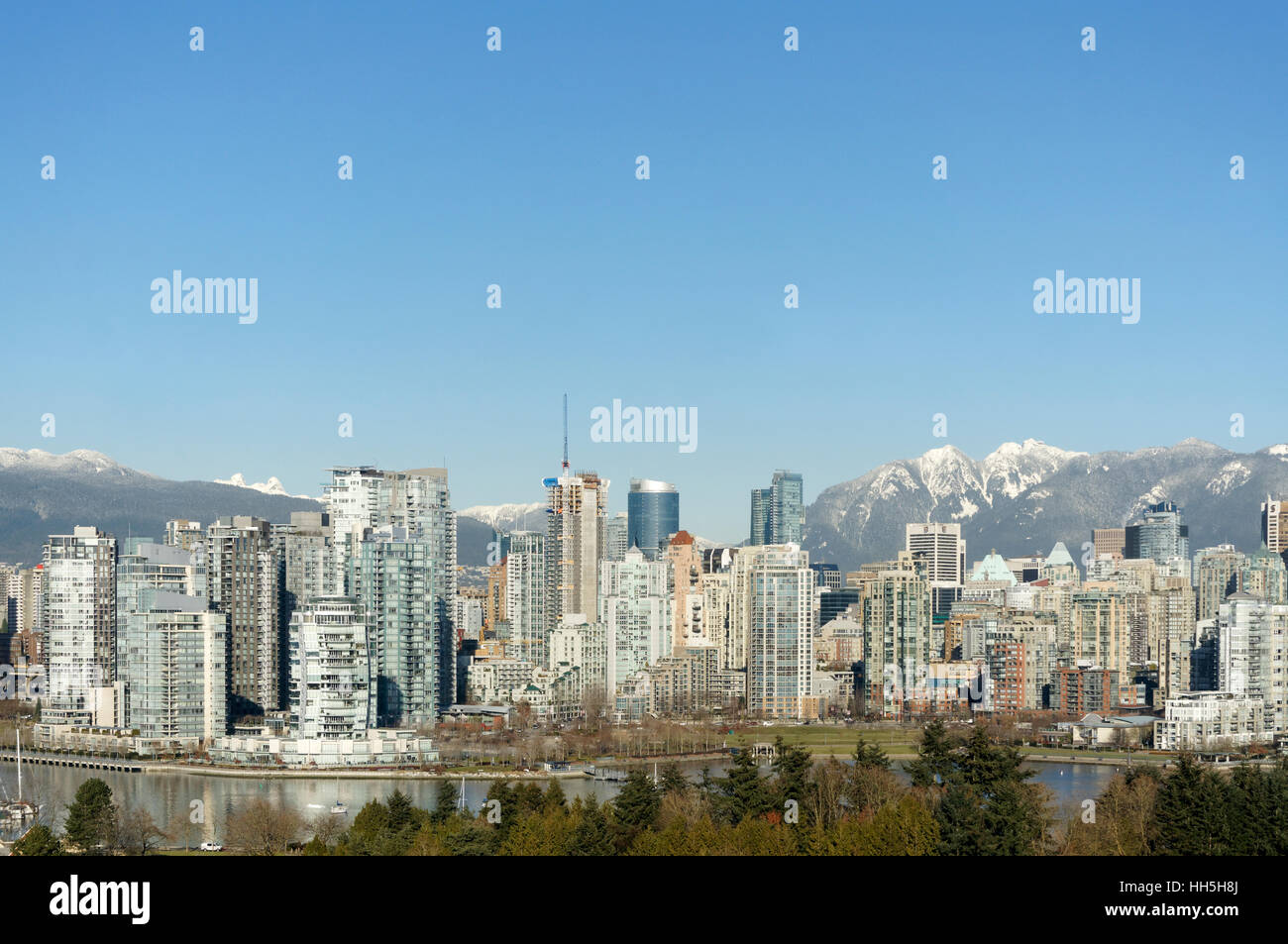 vancouver-skyline-2017-with-false-creek-