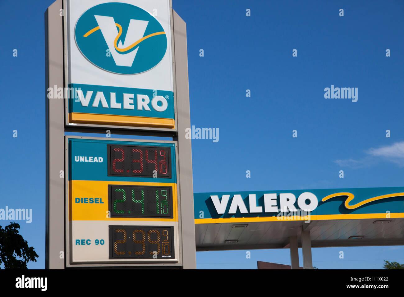 Valero Gas Station Logo Valero Gas Station sho...