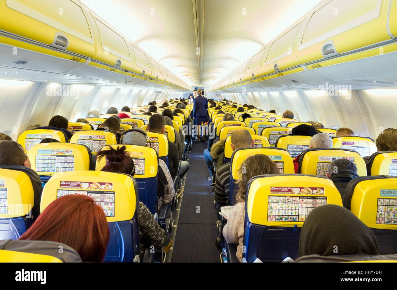 Interior of ryanair cabin in flight stock photo royalty for Interieur avion ryanair