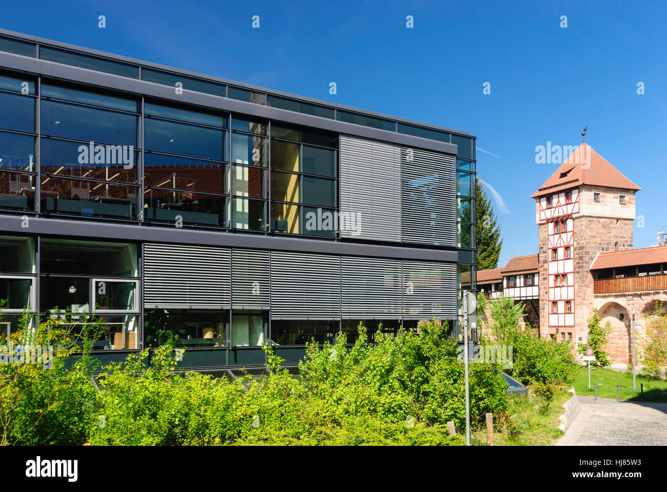 nrnberg affordable blick auf die kaiserburg in nrnberg nuremberg franconia bavaria stock photo. Black Bedroom Furniture Sets. Home Design Ideas
