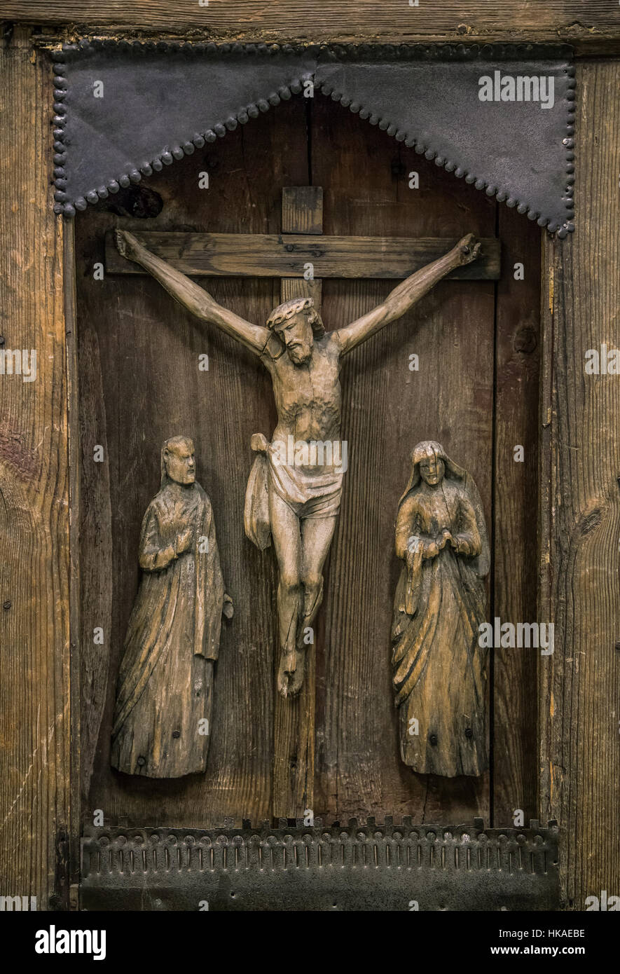 carved wooden jesus crucifixion sculpture wells cathedral