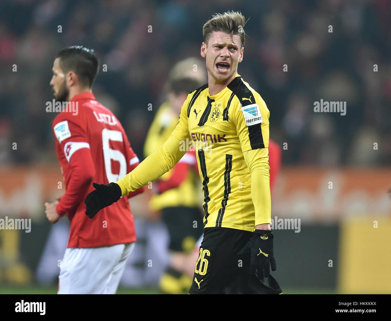 Dortmund s Lukasz Piszczek reacts during the Bundesliga soccer
