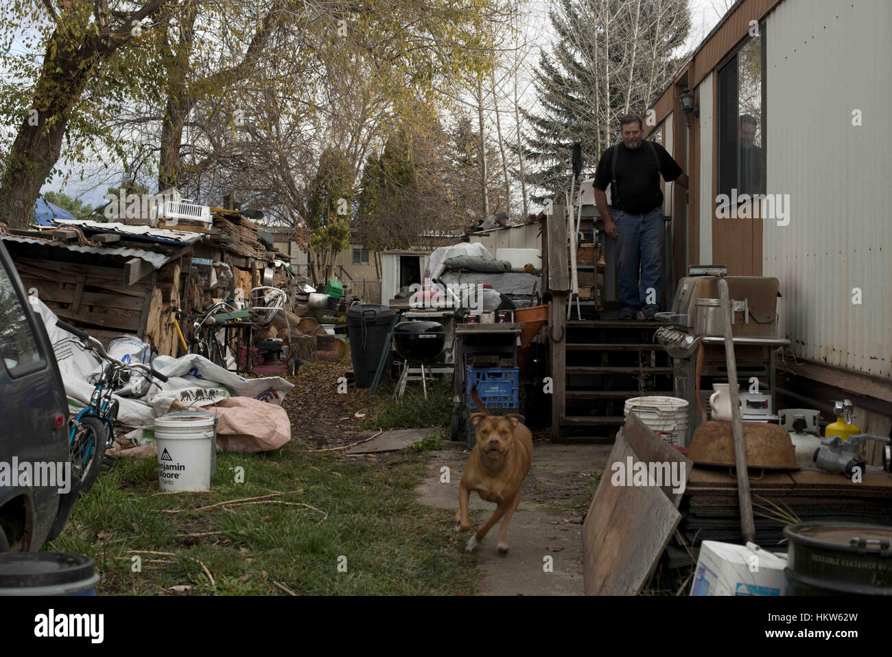 Moscow Idaho USA 17th Nov 2016 James Ware A 17 Year Resident Of Syringa Mobile Home Park In Has Been Video Documenting The Cronic
