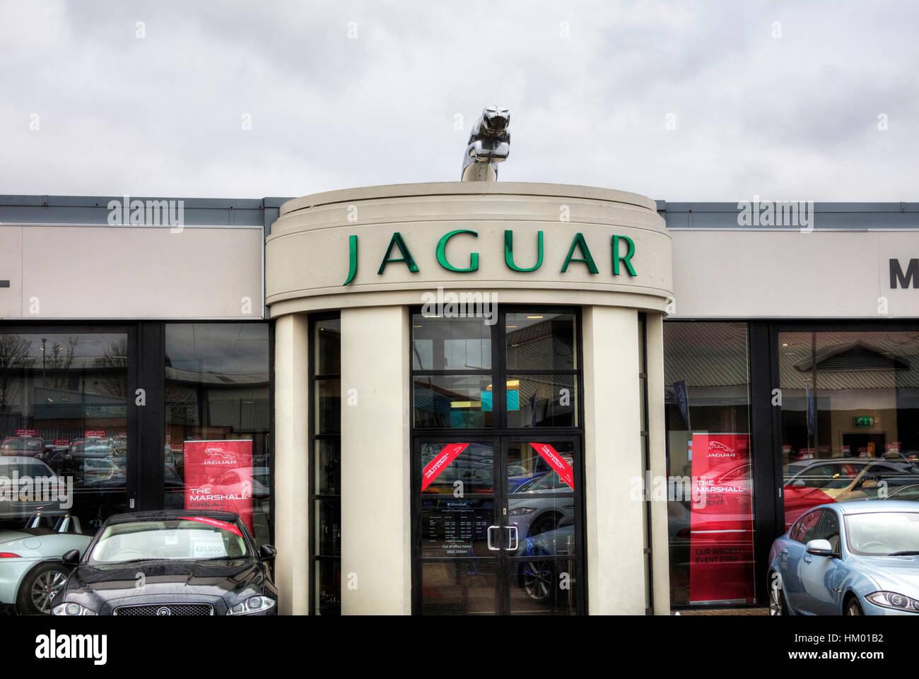 Jaguar garage sign jaguar dealer dealership jaguar emblem for Garage auto b2