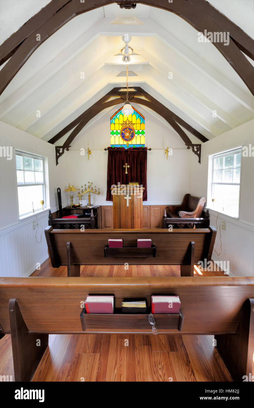 Traditional Small Church Stage Design Ideas