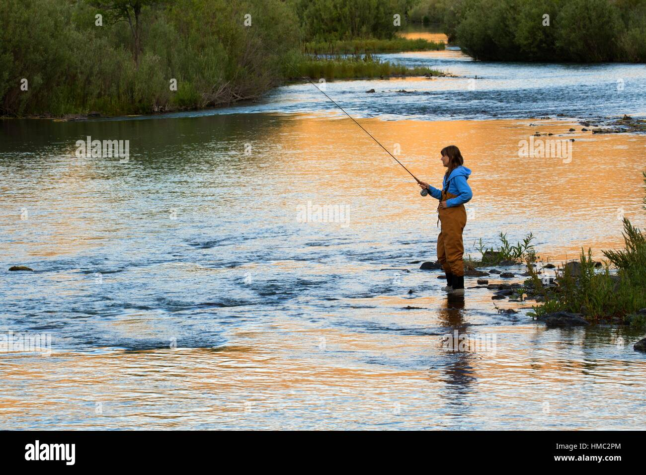 Flyfishing sunrise in lower owyhee river canyon vale for Owyhee river fly fishing