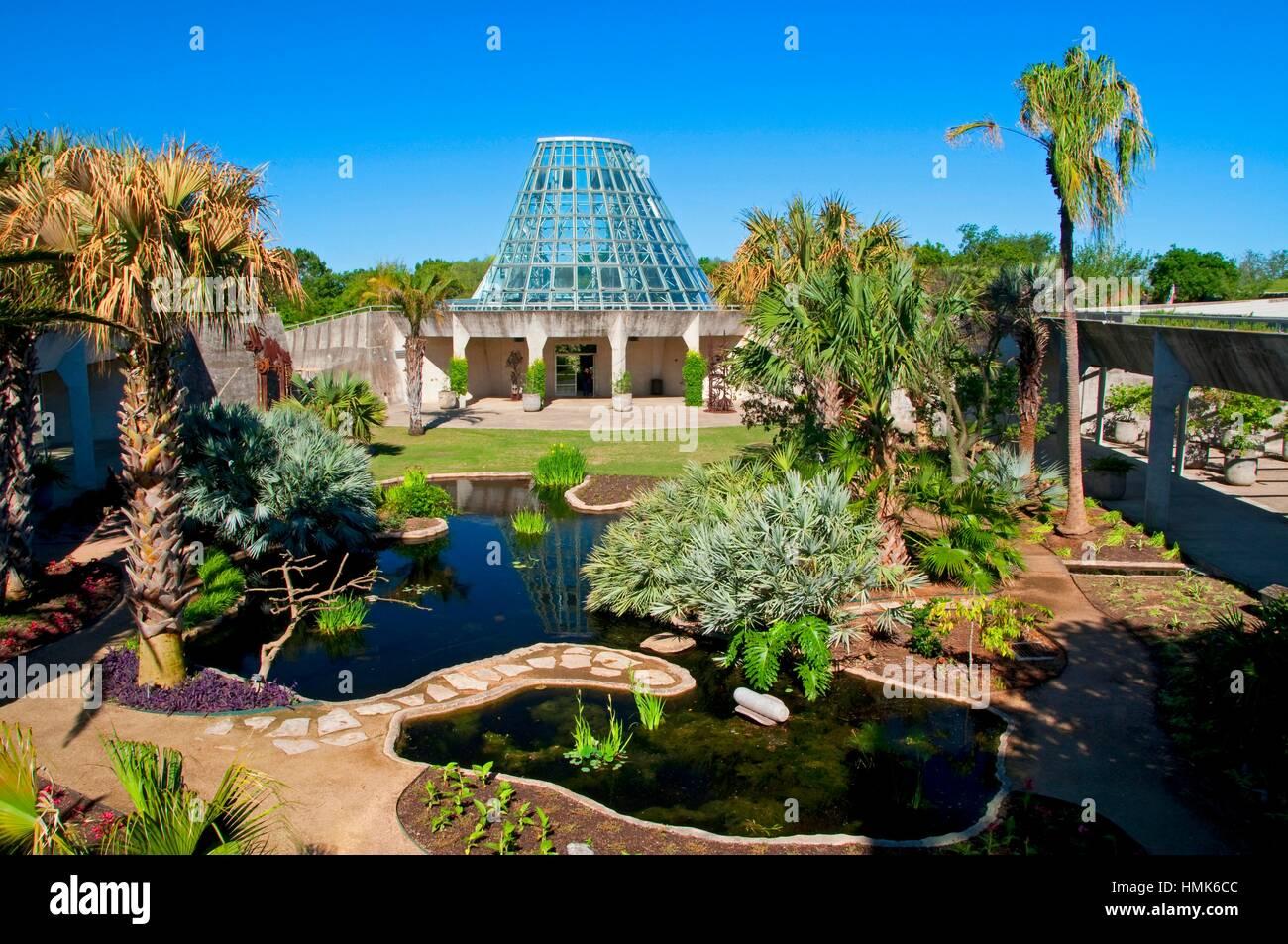 Lucile Halsell Conservatory, San Antonio Botanical Garden, San Antonio,  Texas