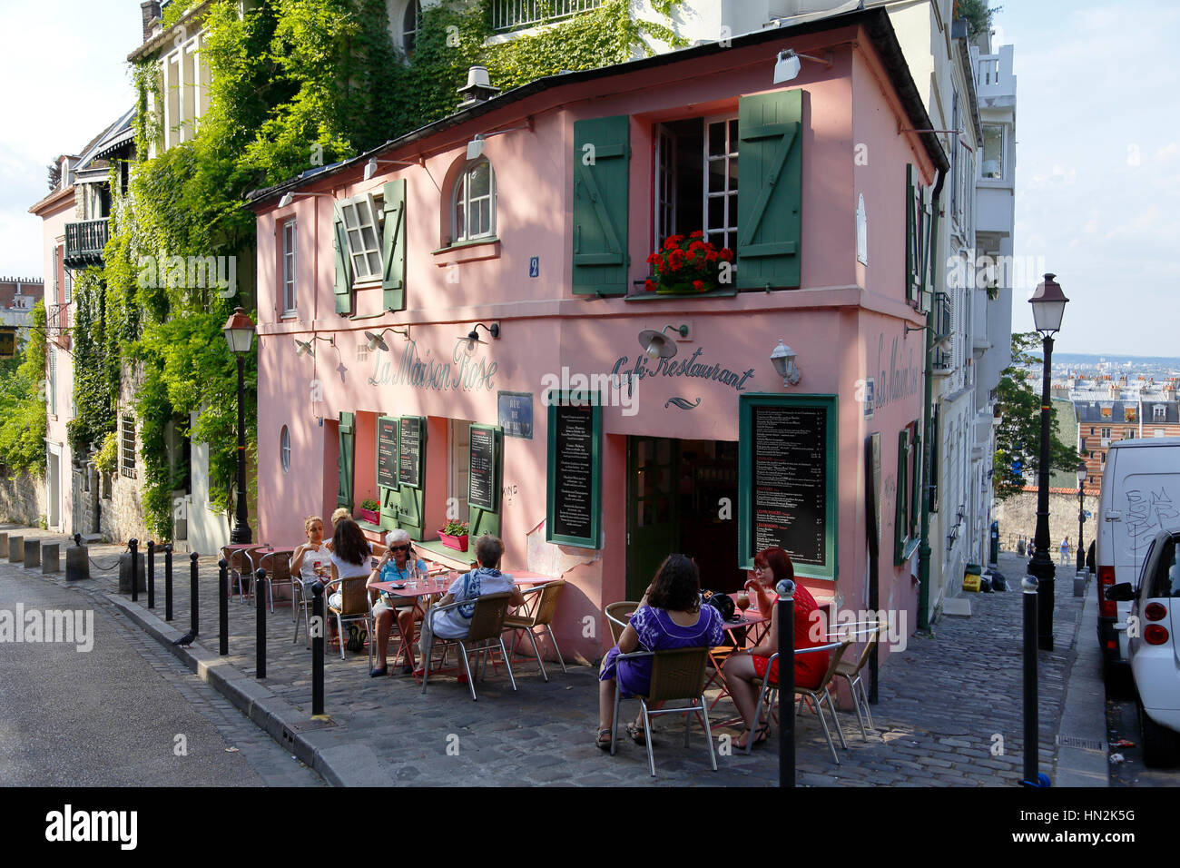 Europe france paris montmartre la maison rose french for La maison du cafe paris
