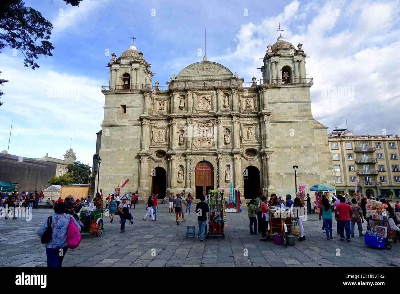 Cathedral of our lady of the assumption oaxaca city for Oaxaca to mexico city