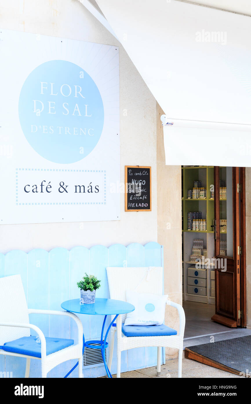 Table And Chairs Outside Cafe And Shop Ses Salines Mallorca  # Muebles Ses Salines