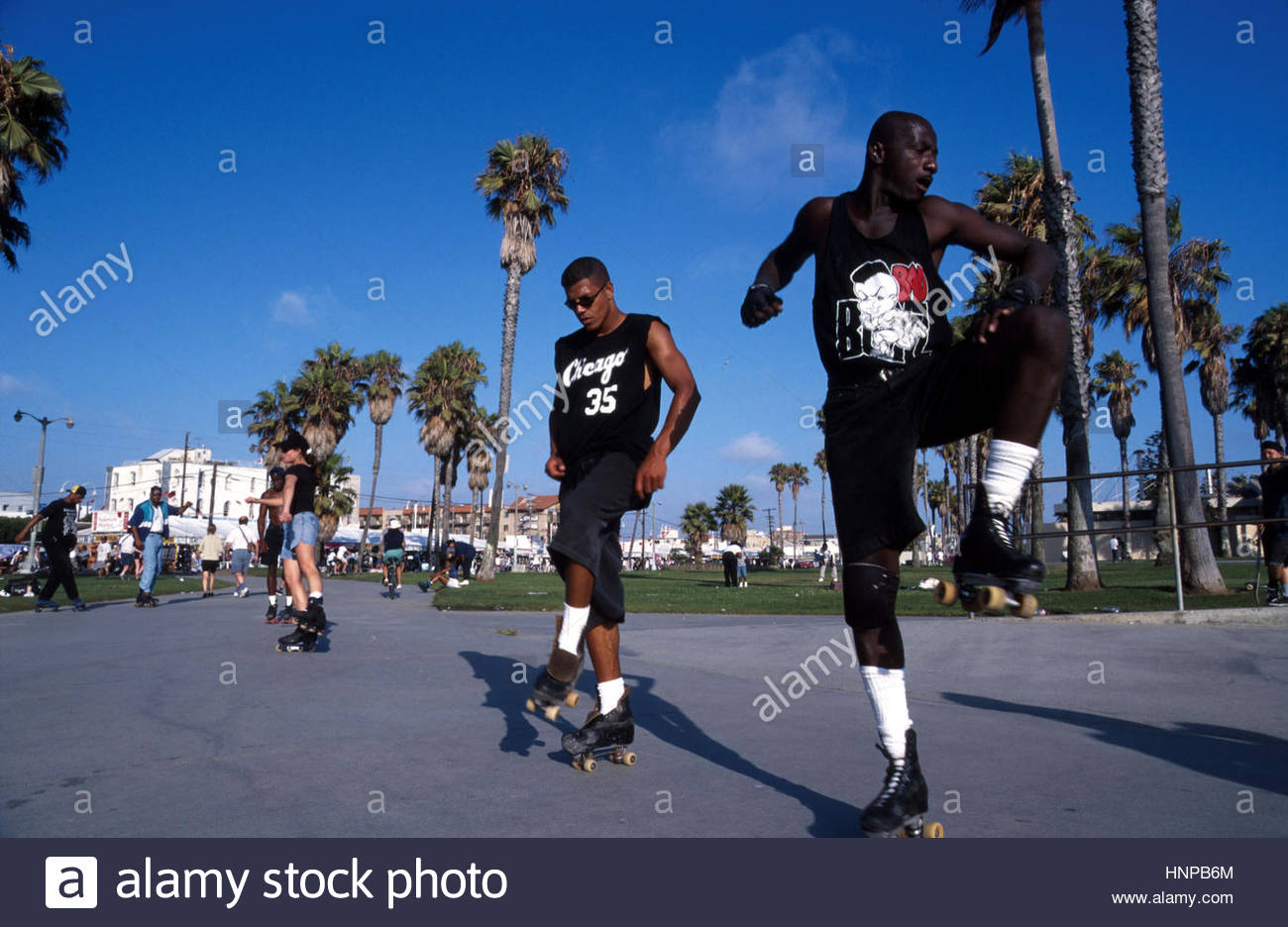 Roller skating los angeles - California Los Angeles Venice Beach Men Roller Skating