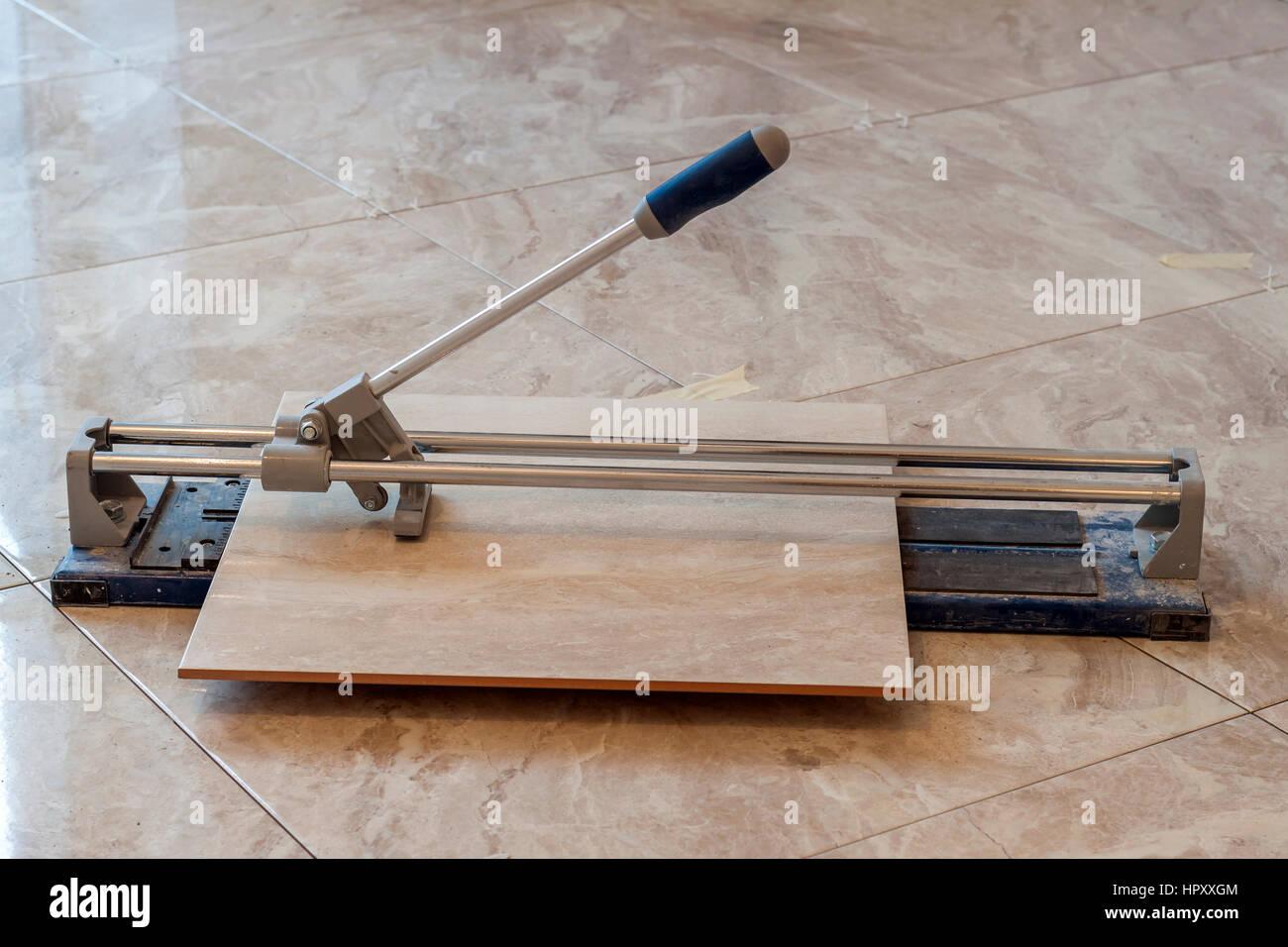 Floor tiling tools