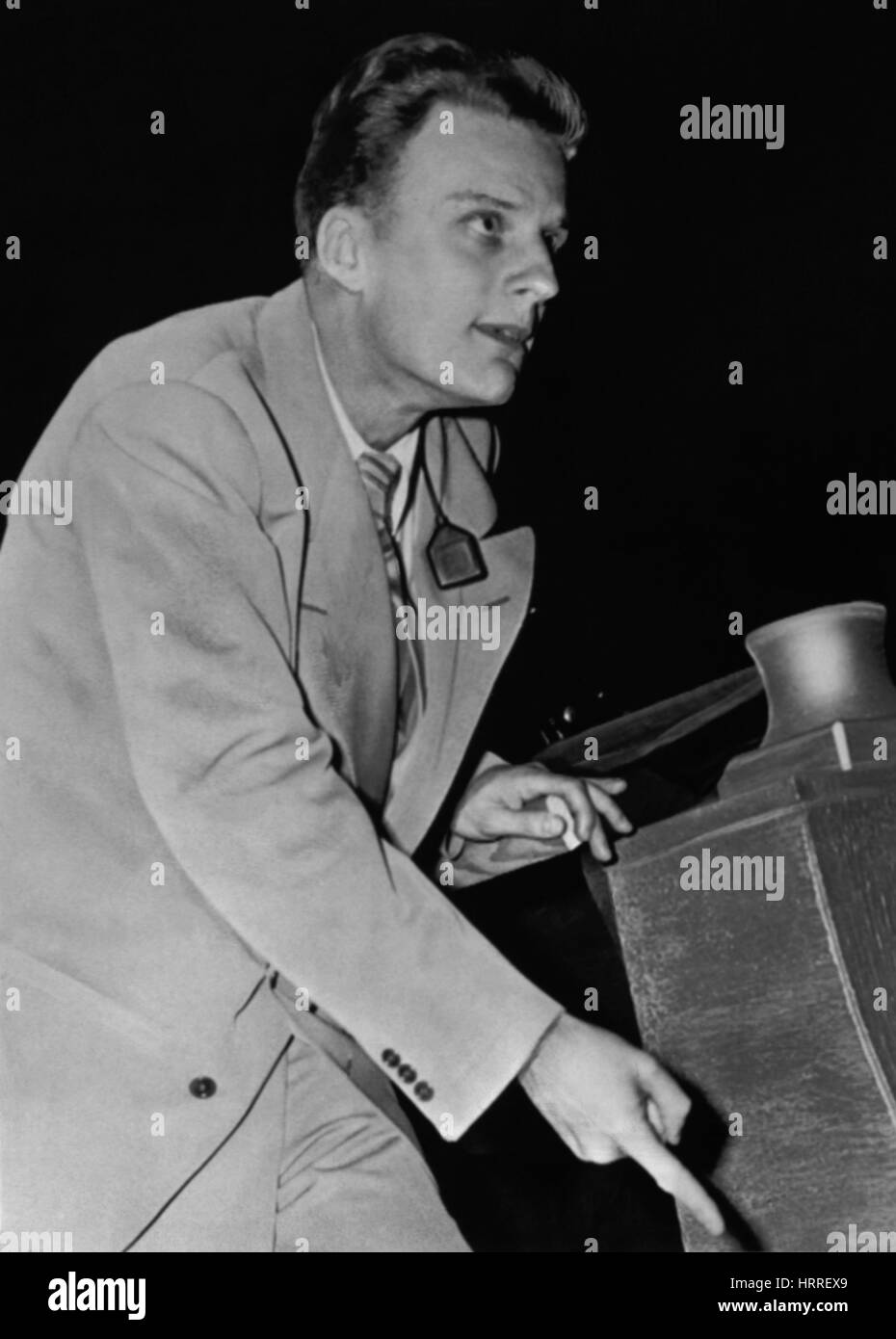 Billy Graham preaching at a tent meeting in Los Angeles California in 1949. (USA  sc 1 st  Alamy & Billy Graham preaching at a tent meeting in Los Angeles ...