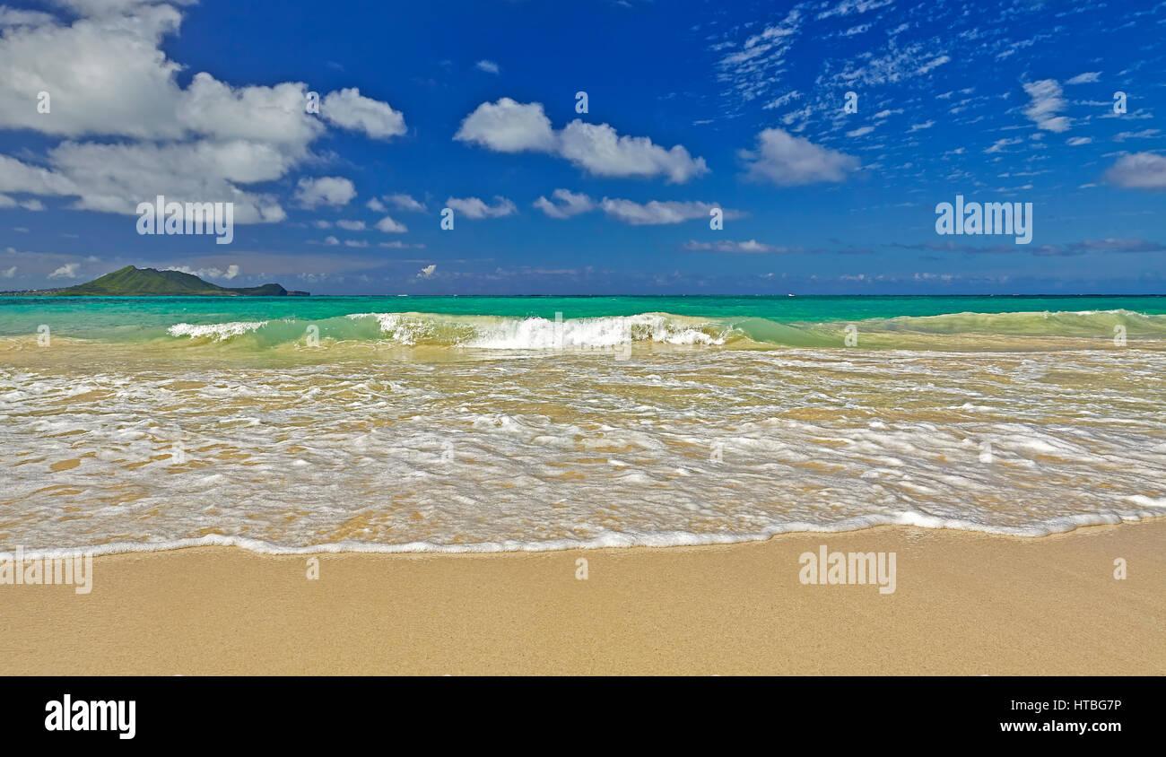 Kailua Bay Beach And Shore Off Kmcas Hawaii Stockfoto ... Pacific Ocean Waves