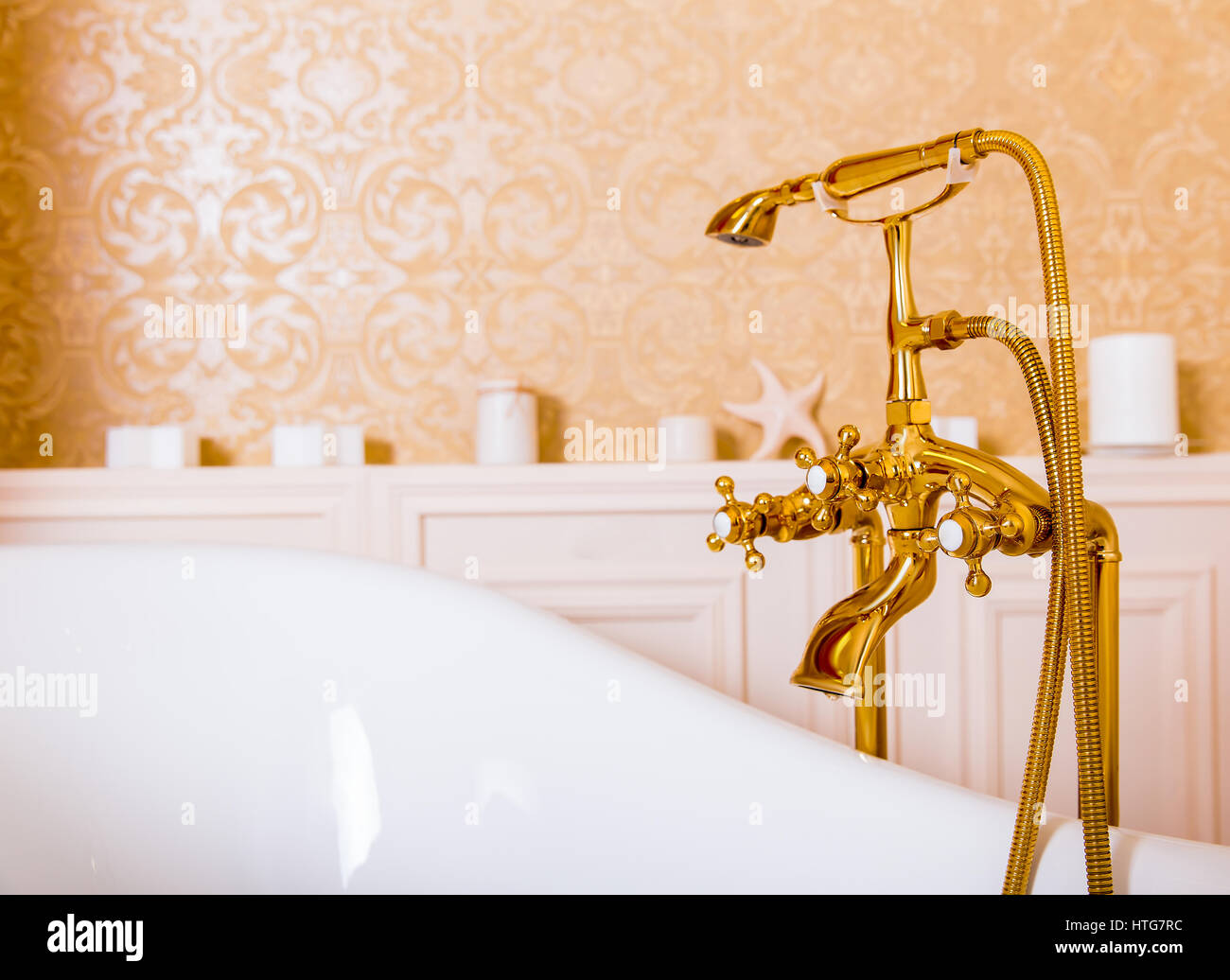 Wonderful Tub Paint Big Bathtub Repair Contractor Shaped How To Paint A Bath Tub Painting The Bathtub Old Miracle Method Refinishing FreshReglazing Shower Rich Gold Faucet And White Bath In The Bathroom. Luxury Sanitary ..