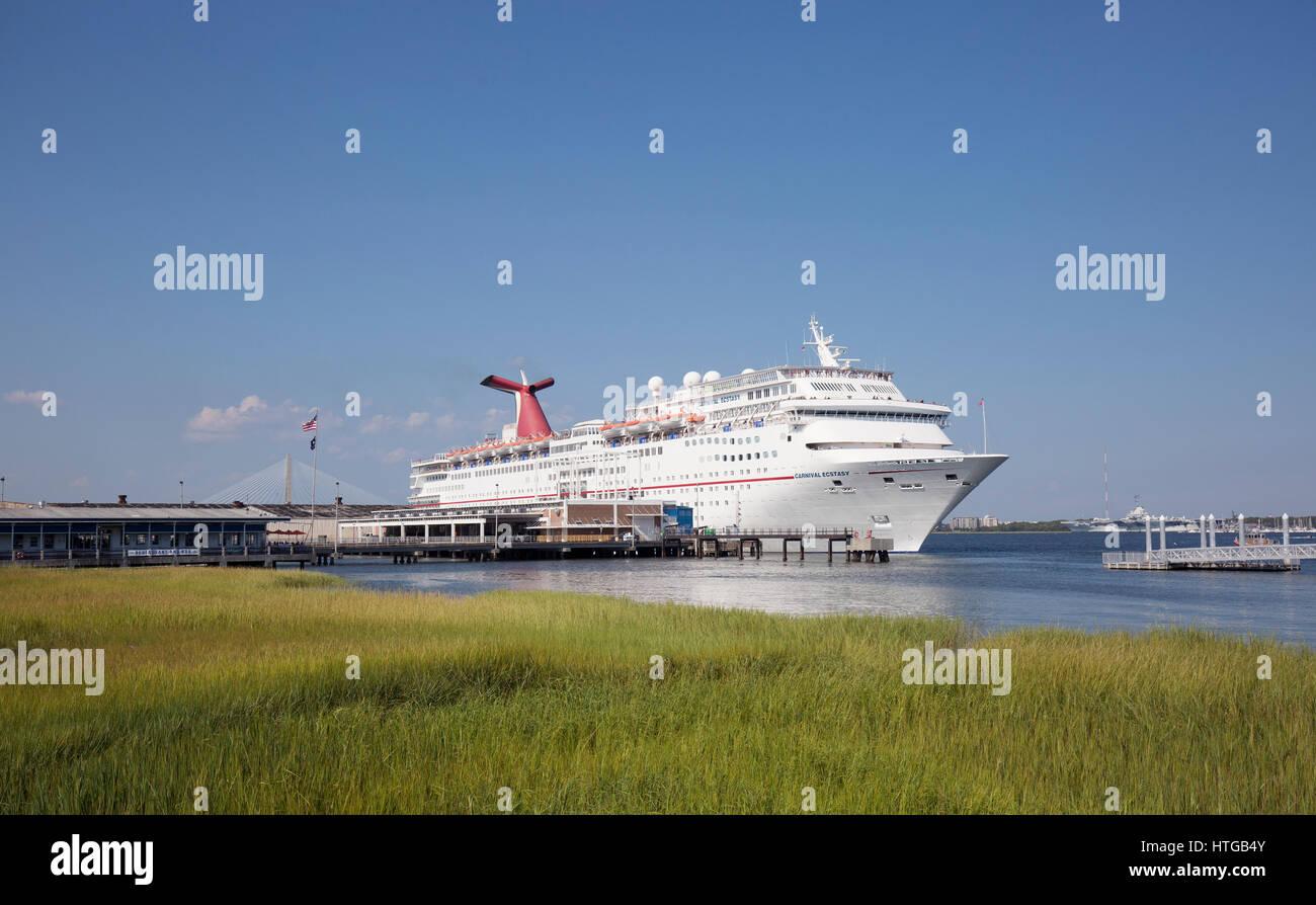 Carnival Cruiseship Ecstasy Leaving Charleston South Carolina - Cruise ships out of charleston