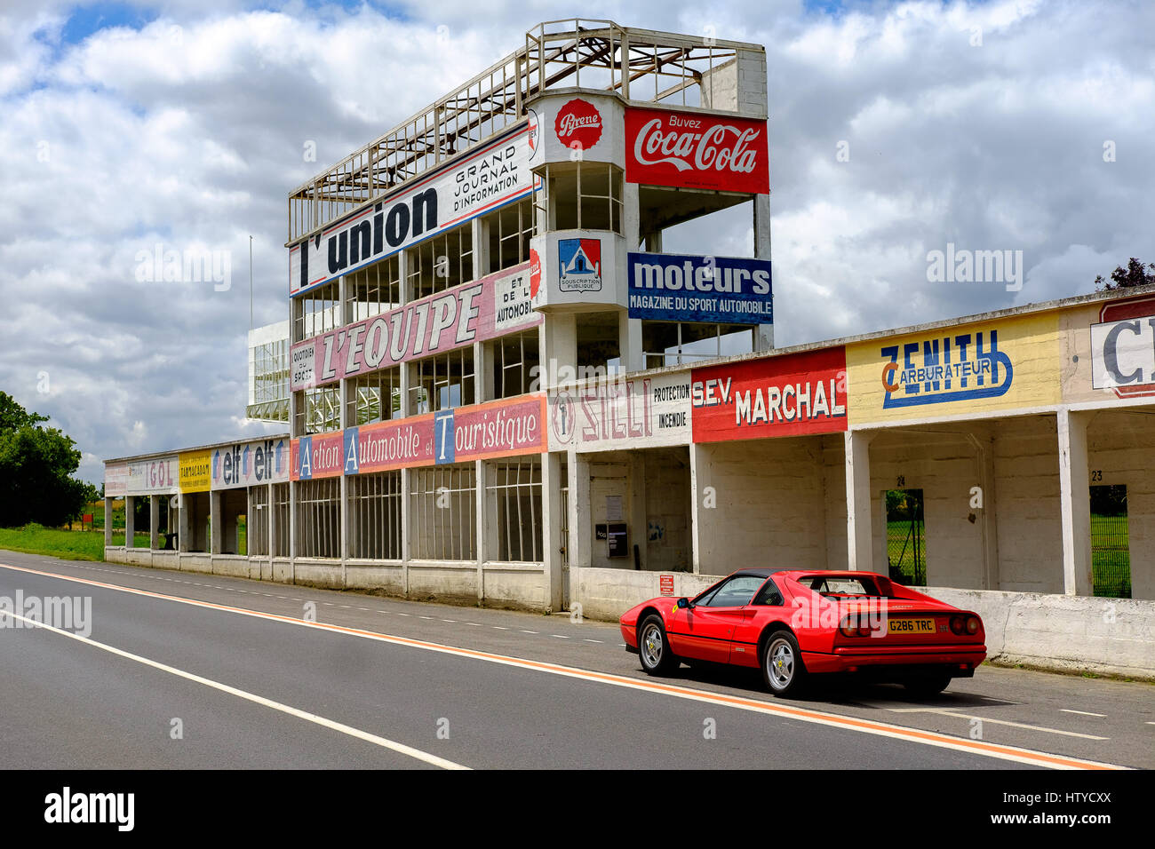 ferrari 328 gts at circuit du reims gueux reims france stock photo 135827186 alamy. Black Bedroom Furniture Sets. Home Design Ideas