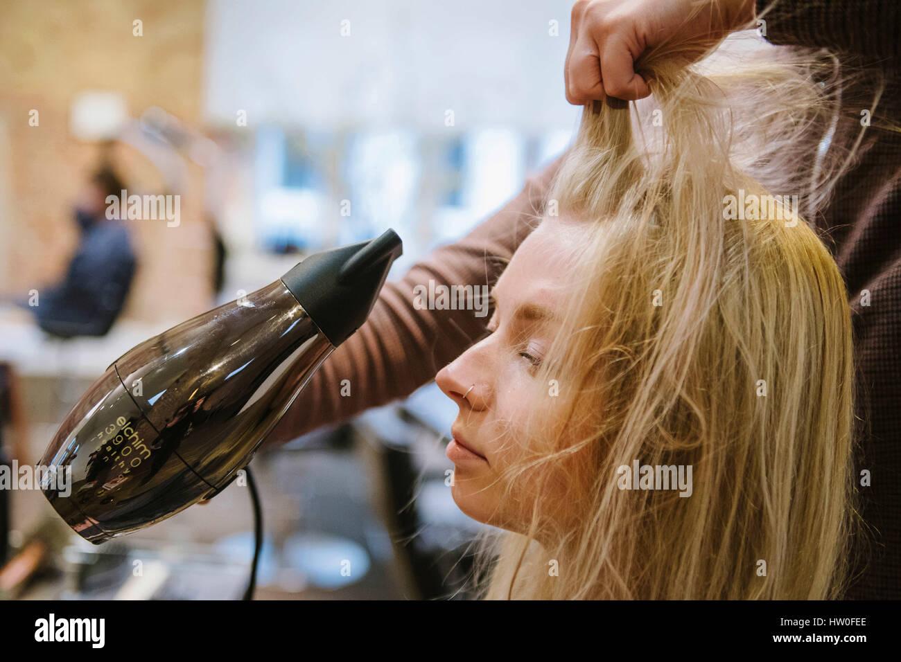 Berlin mitte germany 07th mar 2017 the hair stylist for Ruby berlin
