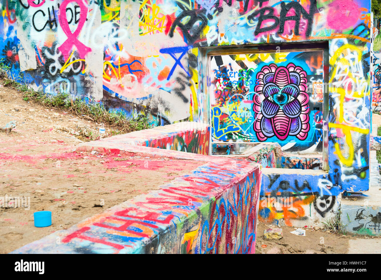 Graffiti wall austin -  Hope Outdoor Gallery In Austin Texas Usa It Acts As An Open Canvas