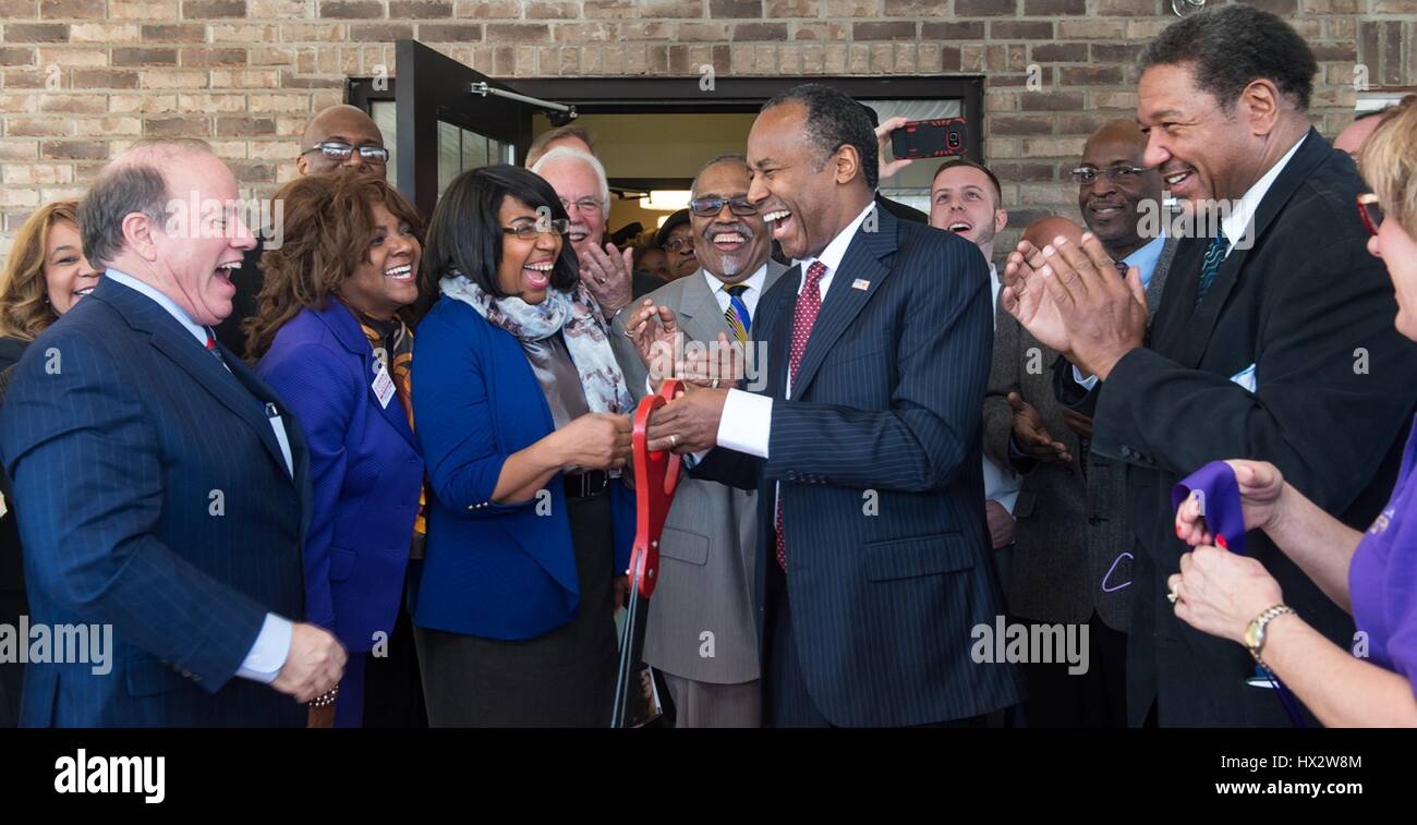 u.s. secretary of housing and urban development ben carson and
