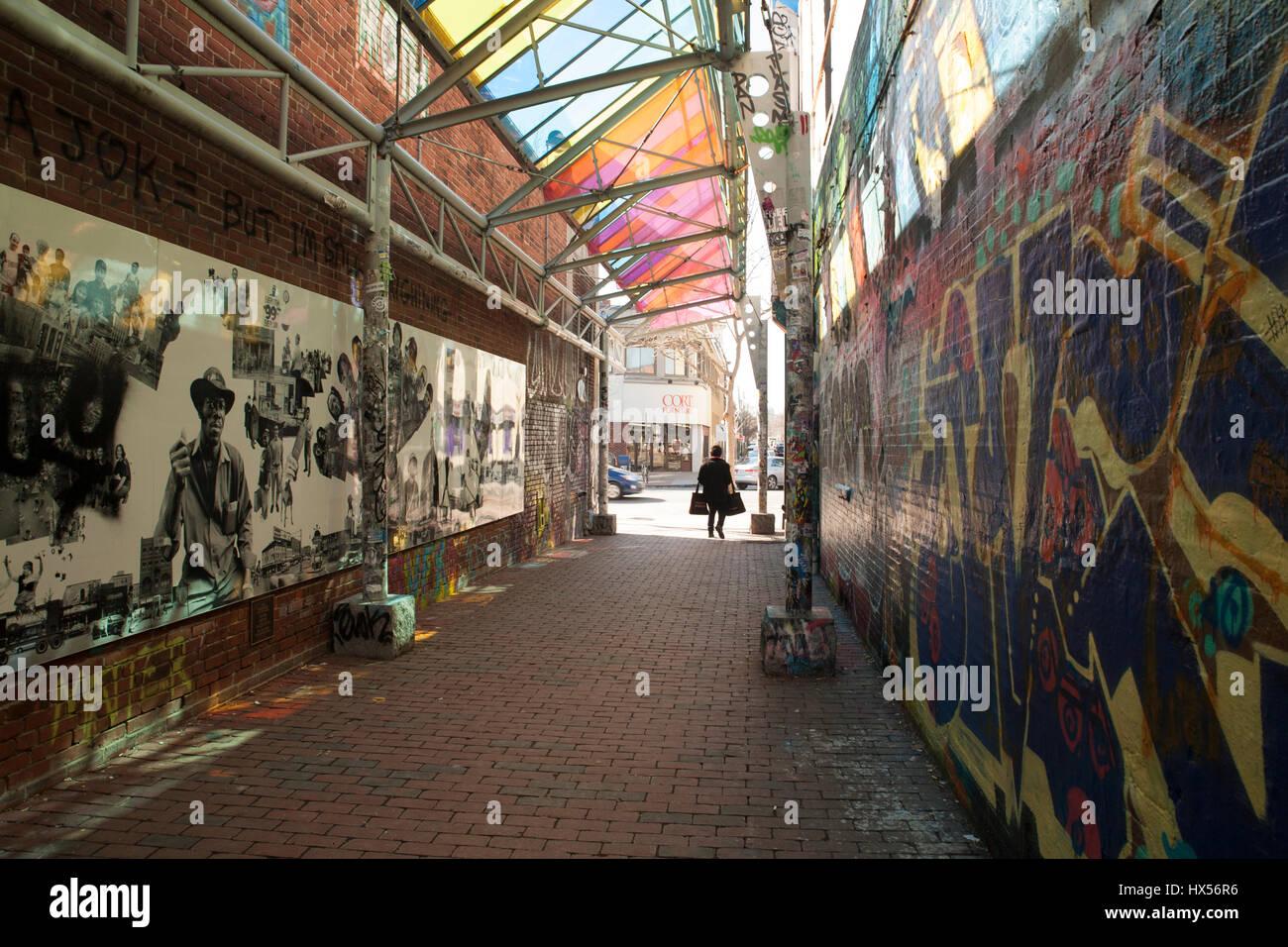 Graffiti wall cambridge ma - Public Art And Graffiti In Central Square Cambridge Massachusetts