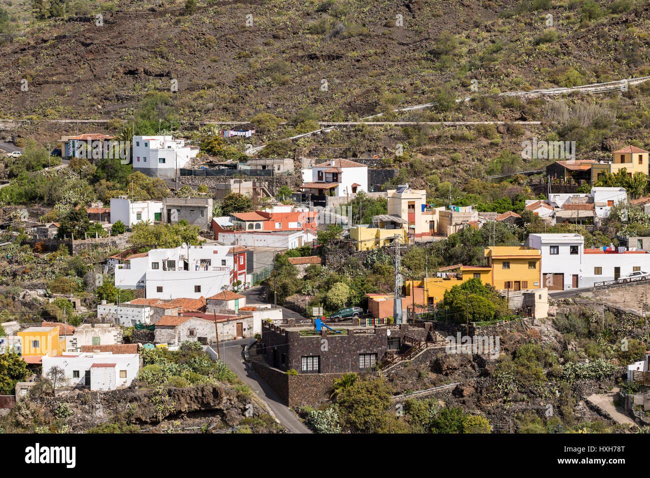 Farmhouses fincas in the village of aripe guia de isora - Guia de tenerife pdf ...