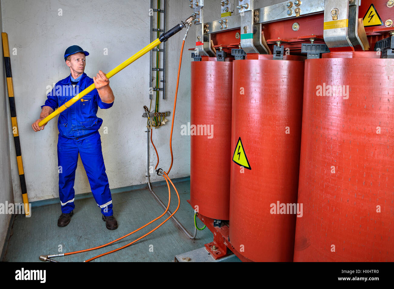 High Voltage Grounding Stick : Electrical safety electrician engineer impose earth