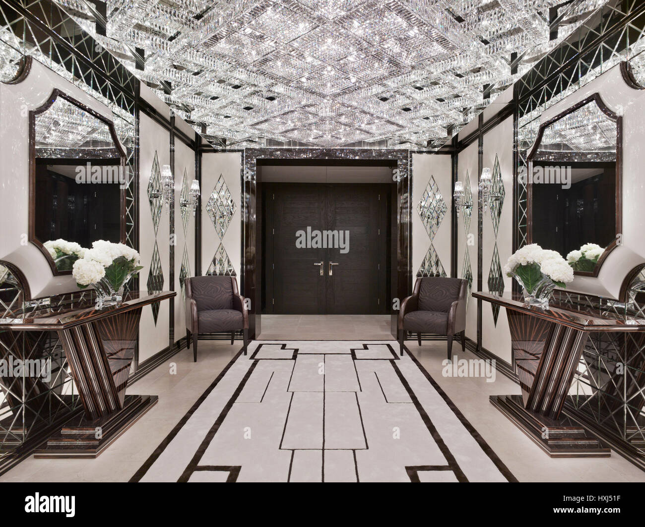 Entrance Hall In A Luxury Apartment In London   Stock Image