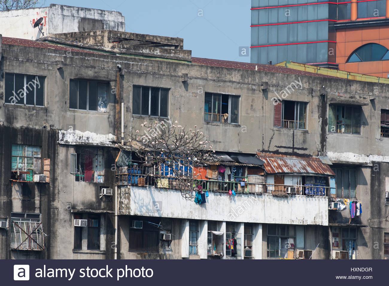 Old Broken Down Building In Central Malate In Manila In