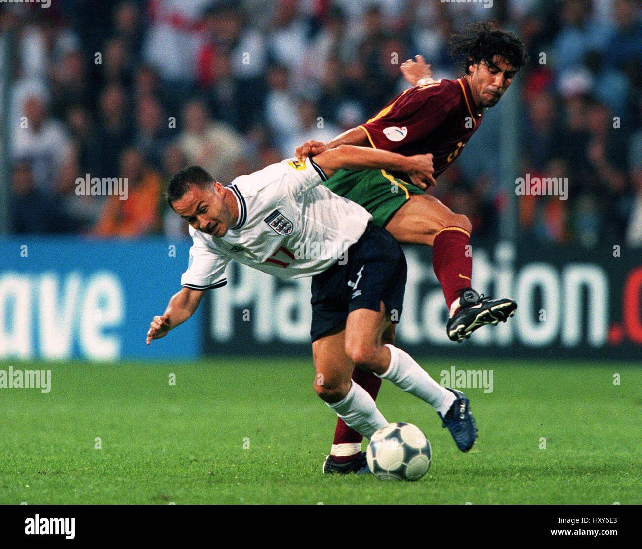 DENNIS WISE & MANUEL RUI COSTA PORTUGAL V ENGLAND 12 June 2000