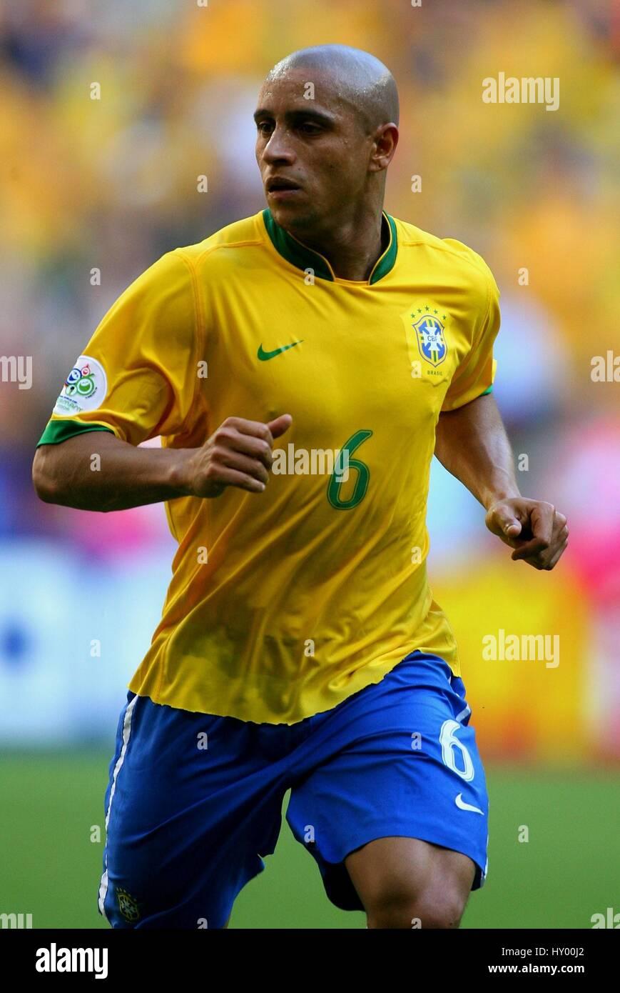 CUP REAL ROBERTO  WORLD MUNICH CARLOS & MADRID BRAZIL
