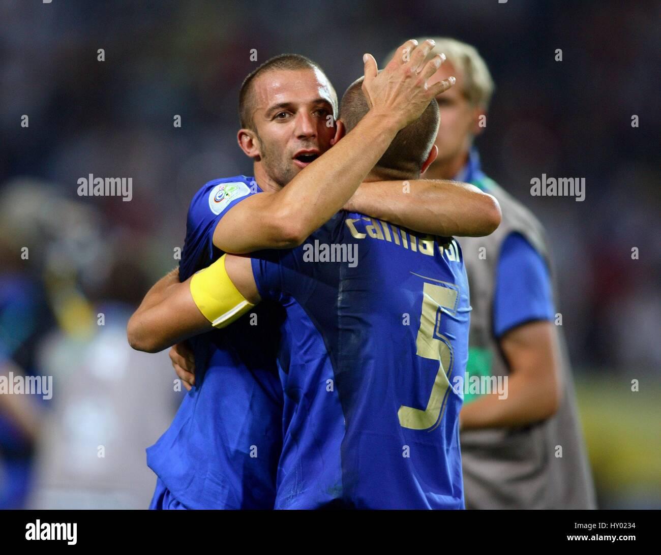 A DEL PIERO & FABIO CANNAVARO GERMANY V ITALY WORLD CUP DORTMUND