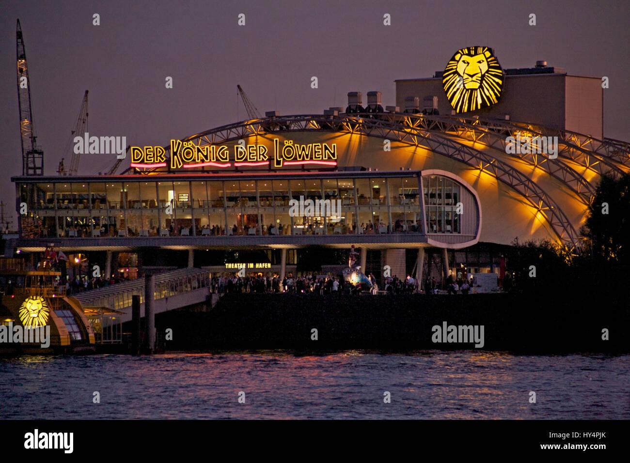 Hamburg Theater im Hafen with the musical Knig der Lwen