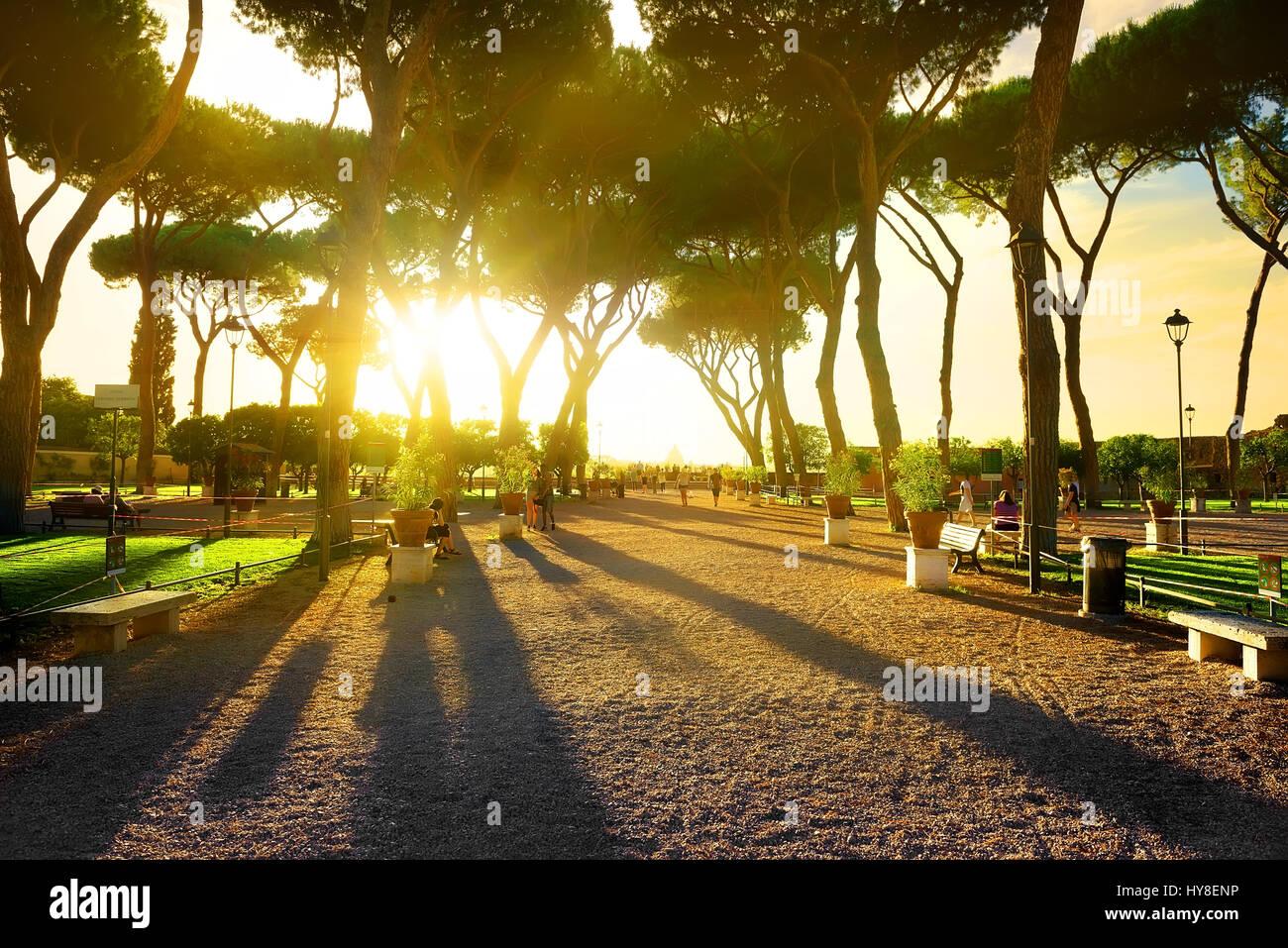 Giardino degli aranci in rome at sunset italy stock photo 137255490 alamy - Giardino degli aranci frattamaggiore ...