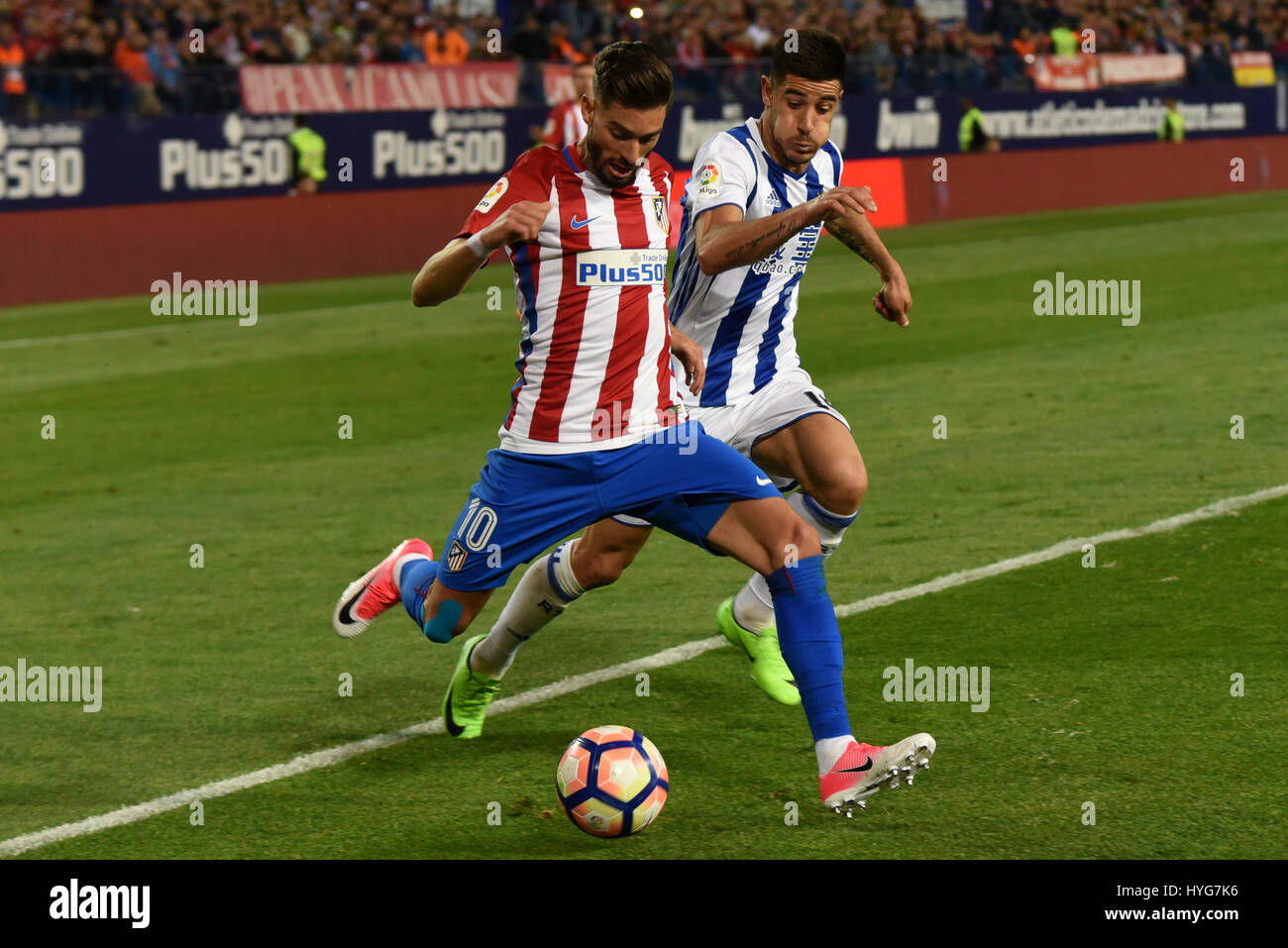 Madrid Spain 04th Apr 2017 Yannick Carrasco left of Atlético