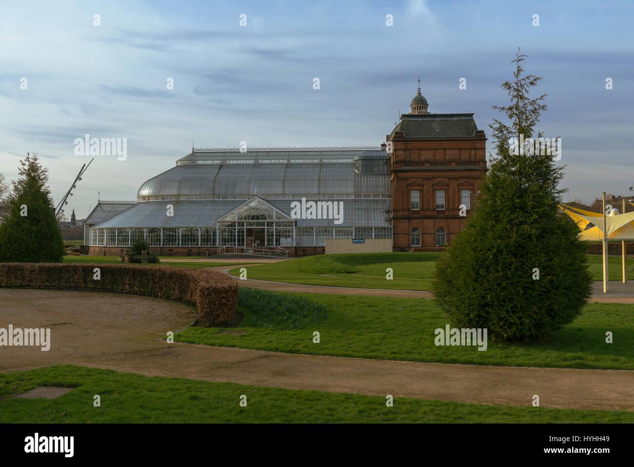 people u0027s palace and winter gardens glasgow green glasgow